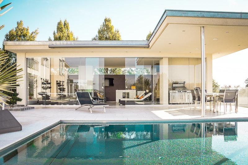 img-house-pool